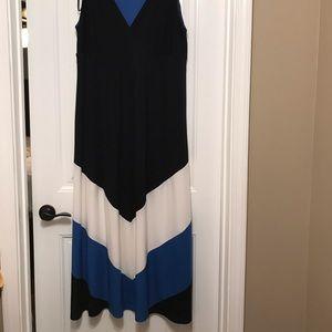 Sleeveless Studio One Maxi dress